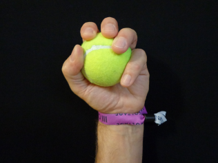 MF18 Tennis Ball